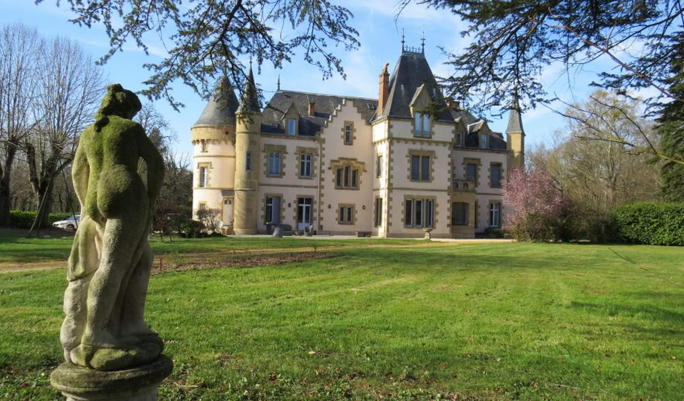 Castle Saint Pourcain Sur Sioule