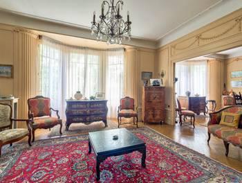 Appartement 7 pièces 204 m2