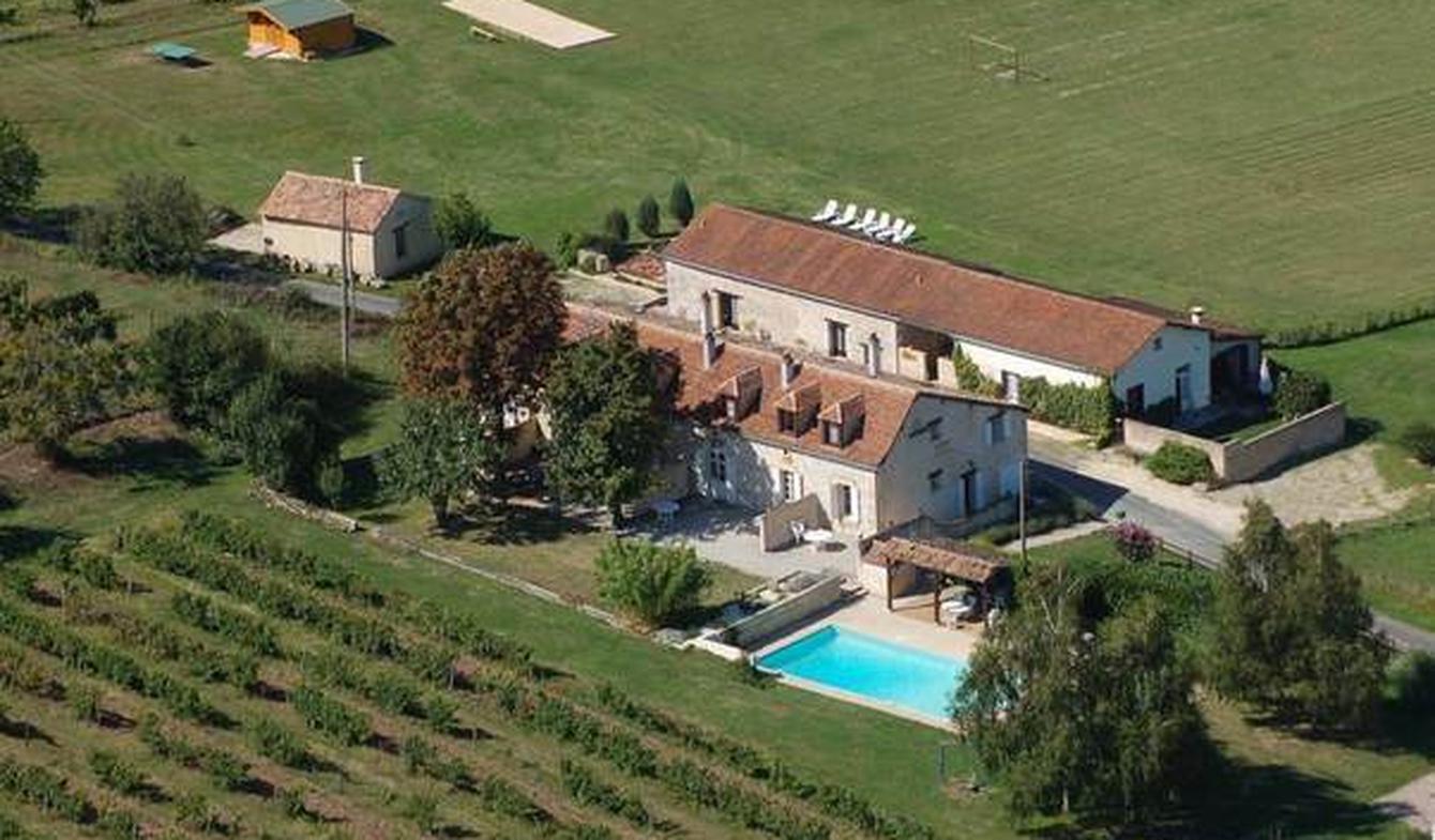 Propriété avec piscine et jardin Gageac-et-Rouillac