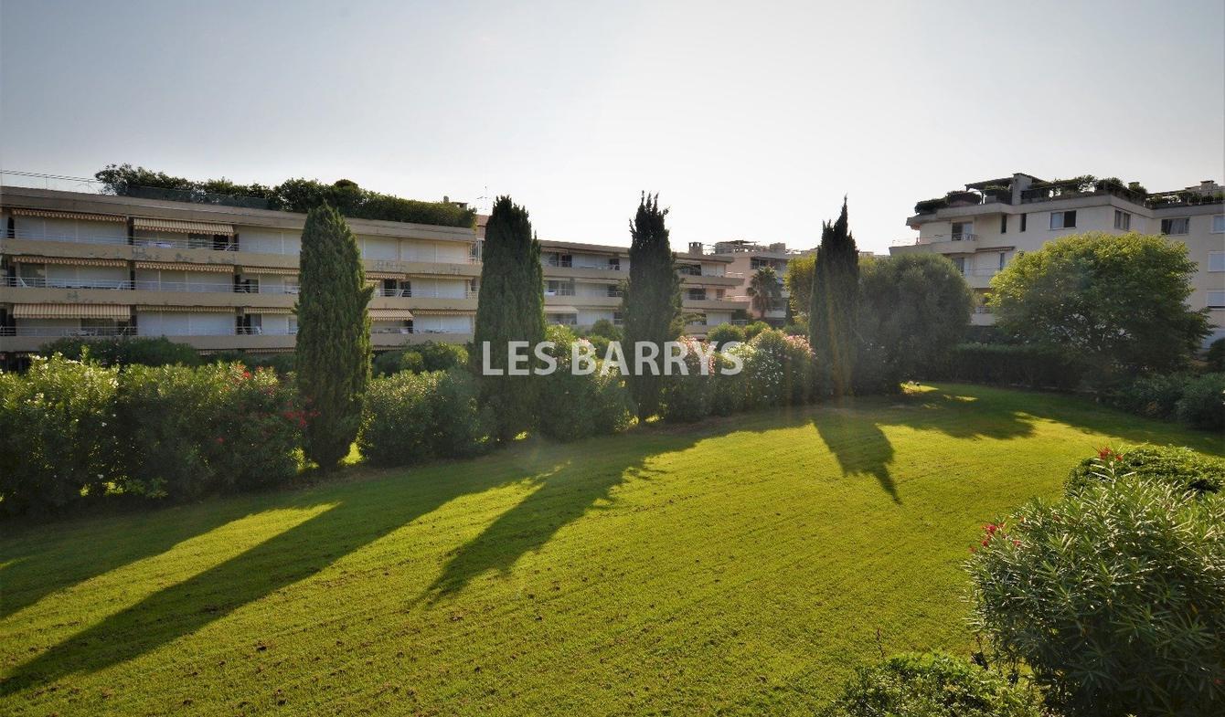 Appartement avec terrasse et piscine Saint-Tropez