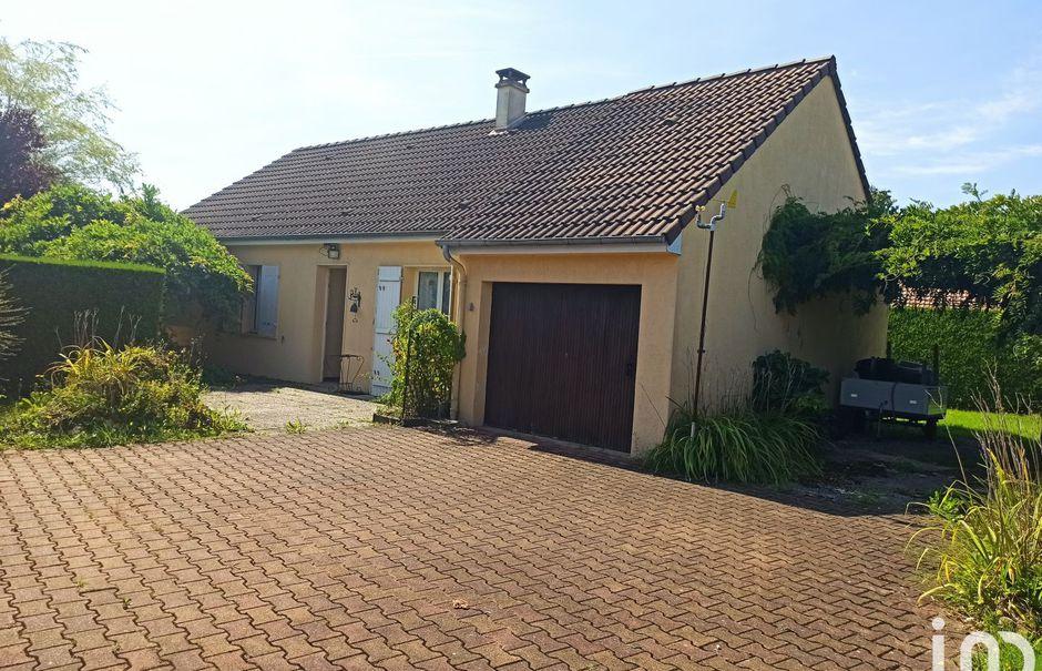 Vente maison 4 pièces 80 m² à Rai (61270), 130 000 €