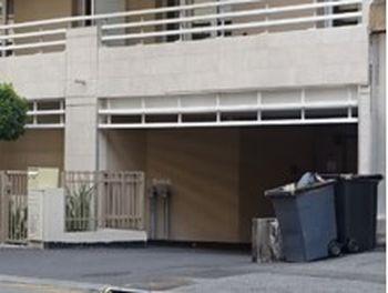 parking à Saint-Laurent-du-Var (06)