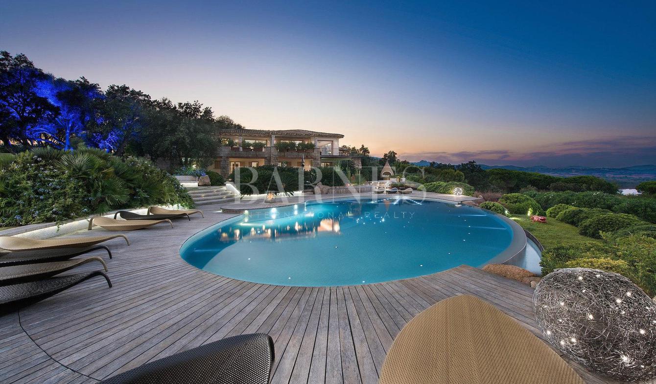 Villa with pool San Teodoro