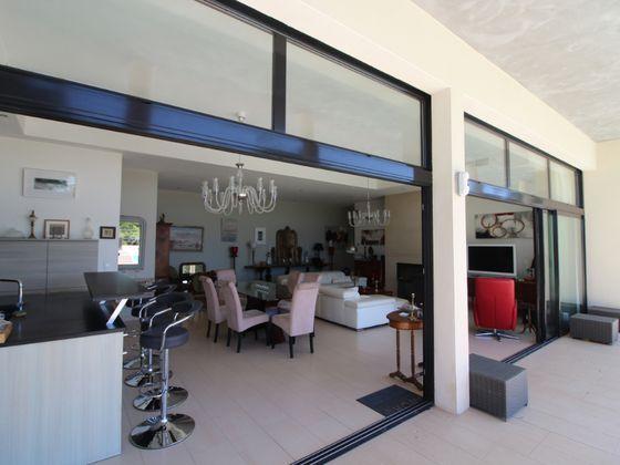 Vente villa 5 pièces 265 m2