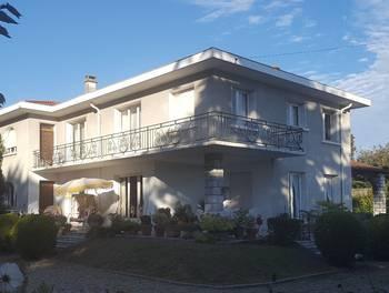 Villa 9 pièces 285 m2