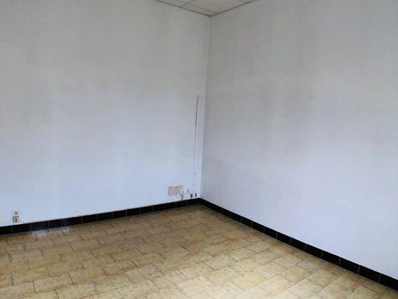 Vente divers 16 pièces 417 m2