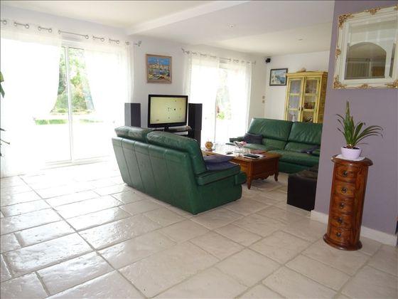 Vente villa 5 pièces 223 m2