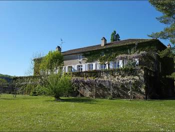 Château 9 pièces 350 m2