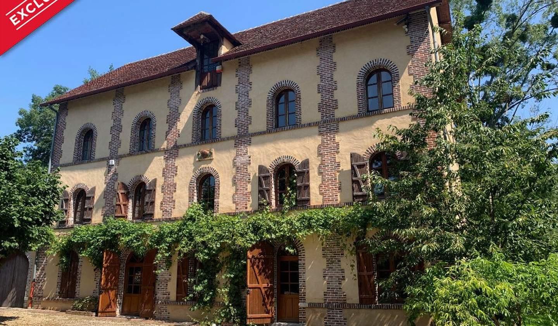 Maison Charny