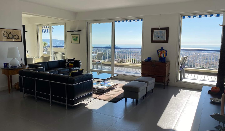 Appartement contemporain avec terrasse Nice