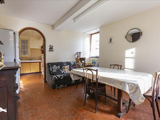 Vente maison 10 pièces 245 m2