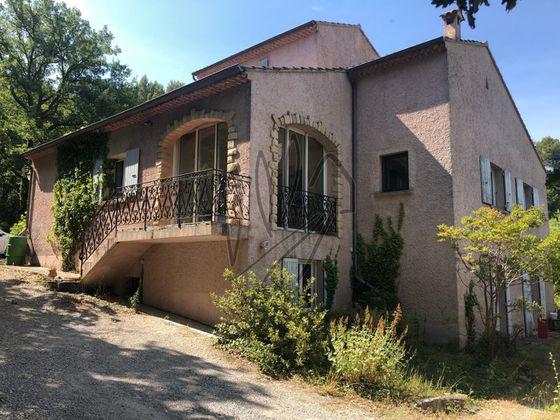 Vente villa 6 pièces 204 m2