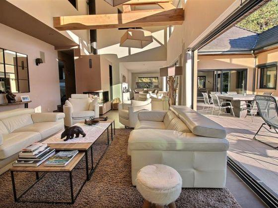 Vente villa 5 pièces 274 m2