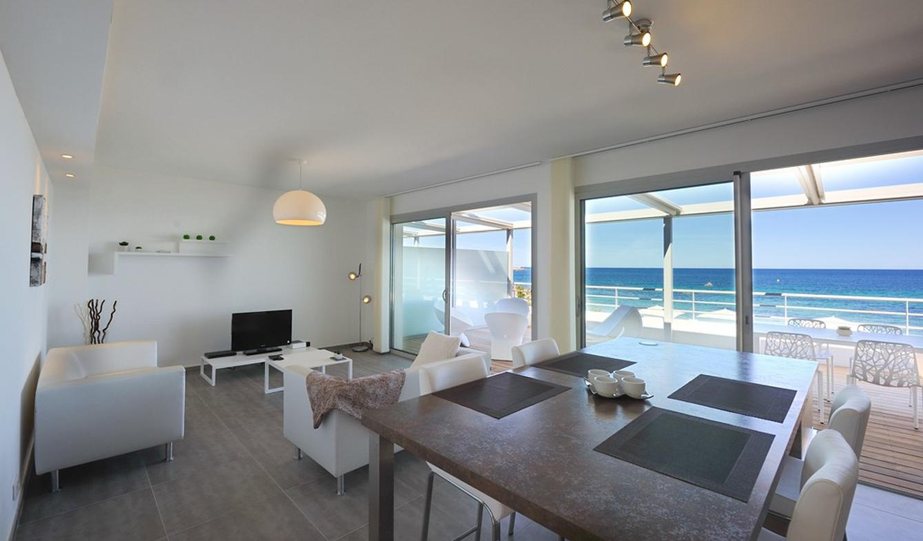 Seaside apartment with pool L'Ile-Rousse