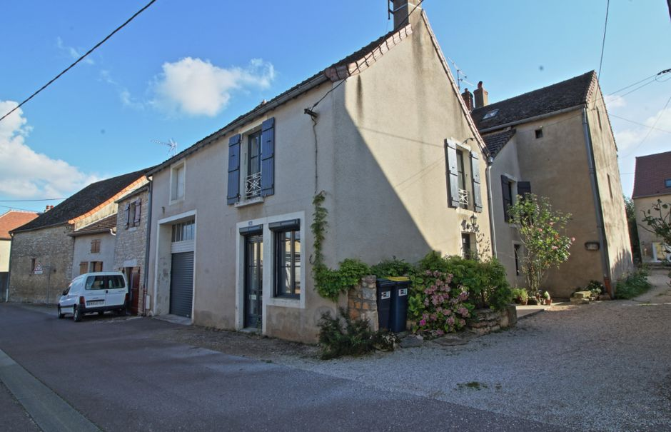 Vente maison 5 pièces 100 m² à Givry (71640), 210 000 €
