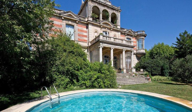 Apartment with terrace and pool Villeneuve-les-avignon