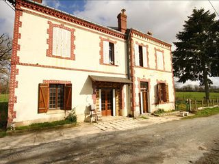 Maison Magnac-Laval (87190)