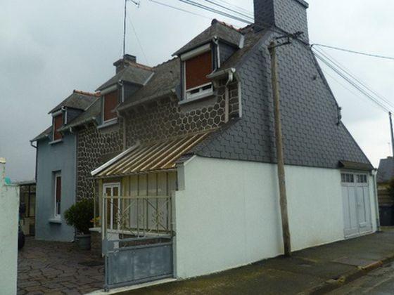 vente Viager 4 pièces 100 m2 Saint-Brieuc