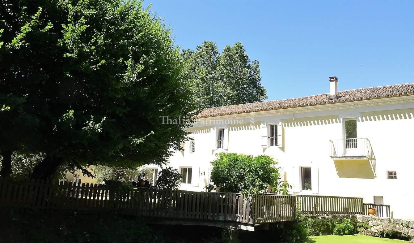 Property Salleboeuf