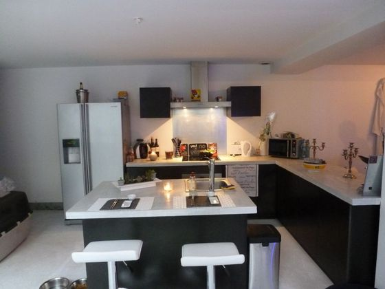 Location appartement 6 pièces 182,24 m2