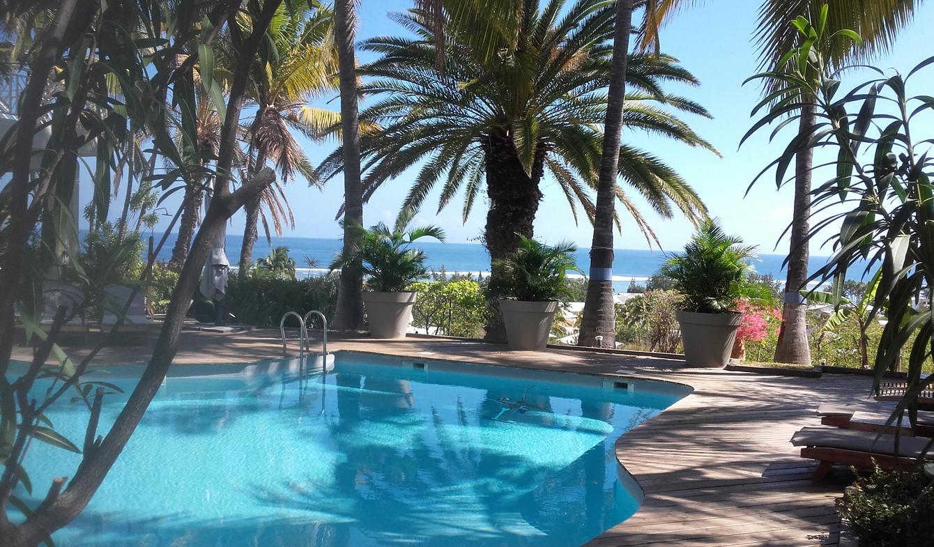 Villa avec piscine et terrasse La saline les bains