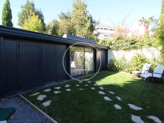 Vente maison 9 pièces 236 m2