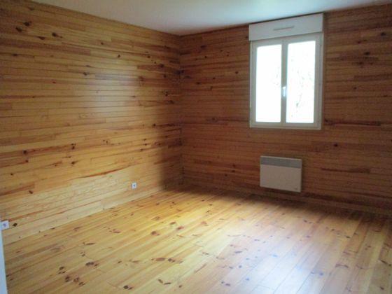 Location maison 4 pièces 96 m2