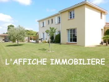 Villa 8 pièces 210 m2