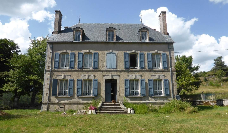 Property Chaudes-Aigues