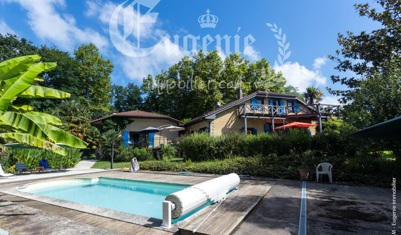 Propriété avec piscine et jardin Bayonne
