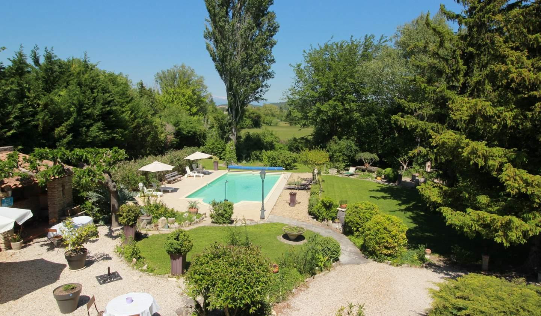Propriété avec piscine et jardin L'Isle-sur-la-Sorgue