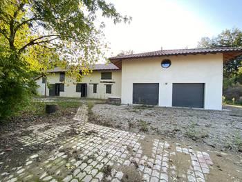 Maison 9 pièces 380 m2