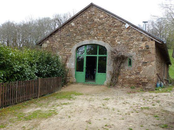 Vente propriété 10 pièces 200 m2