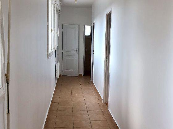 Location appartement 3 pièces 78,83 m2