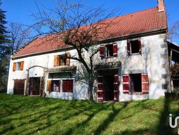 maison à Manzat (63)