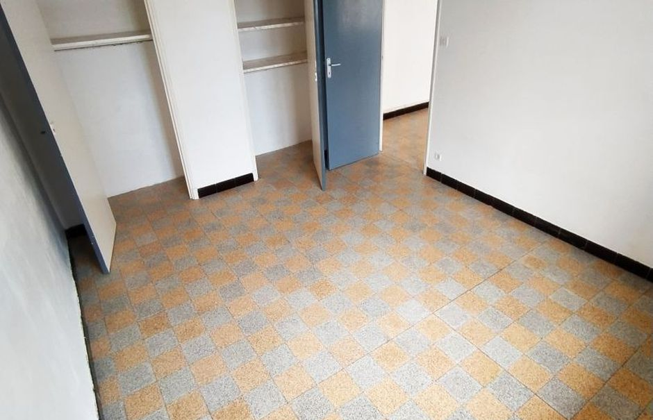 Vente appartement 3 pièces 67 m² à Toulon (83200), 145 000 €