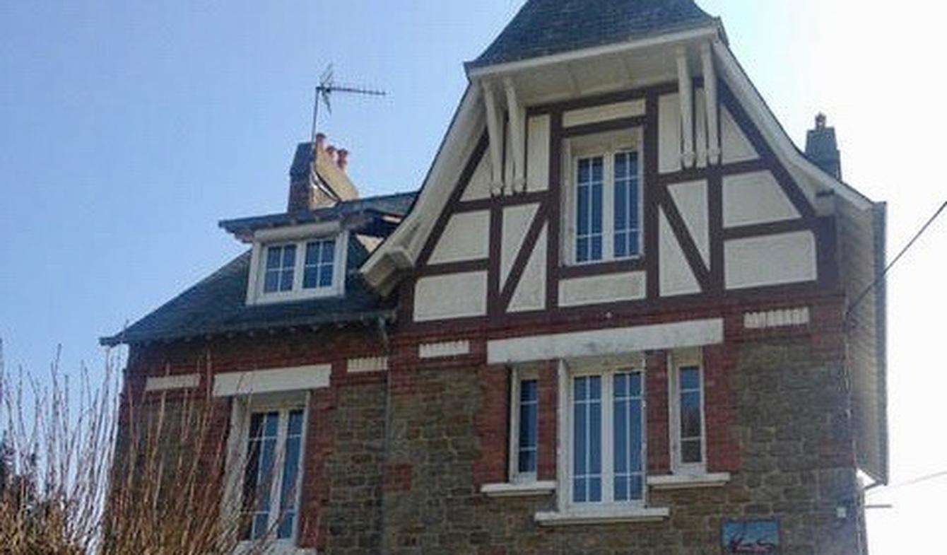 House with garden and terrace Dinard