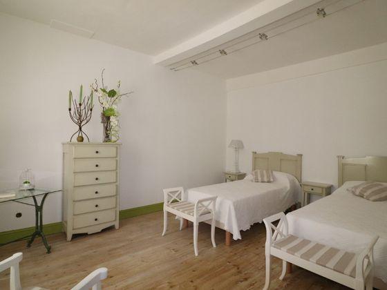 Vente maison 9 pièces 234 m2