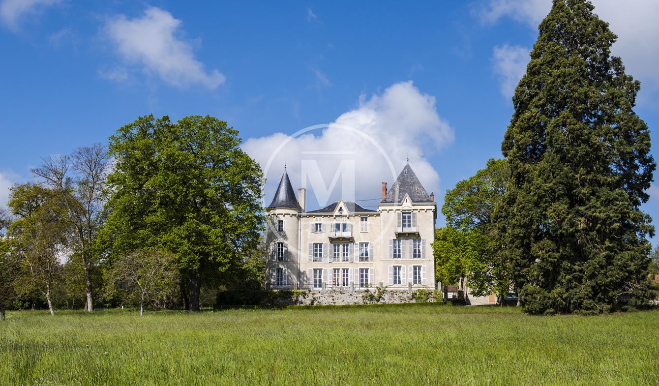 Château Aigueperse