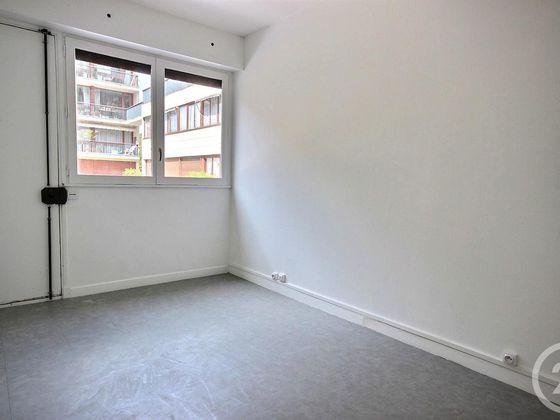 Location studio 16,49 m2