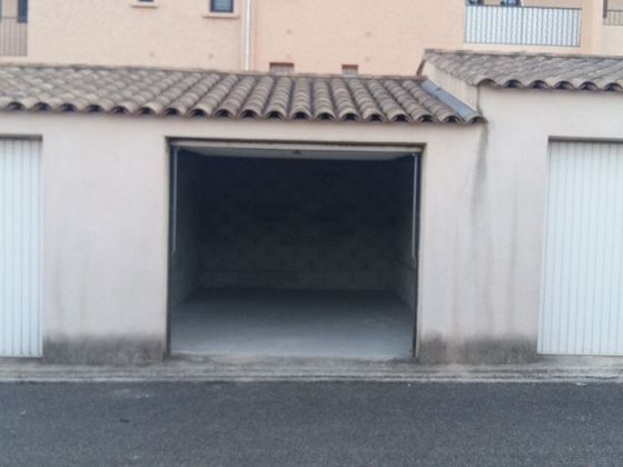 Location parking 17,73 m2