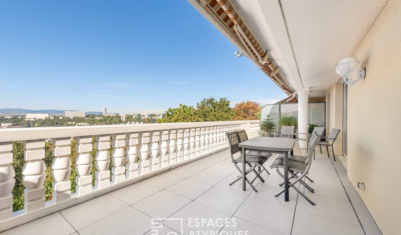 Appartement avec terrasse et piscine Lyon 4ème