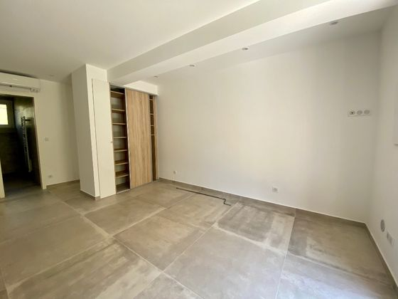 Location studio 29,34 m2