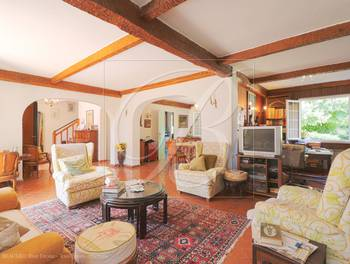 Villa 10 pièces 277 m2