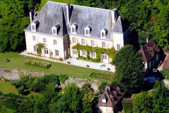 Château avec personnel & services