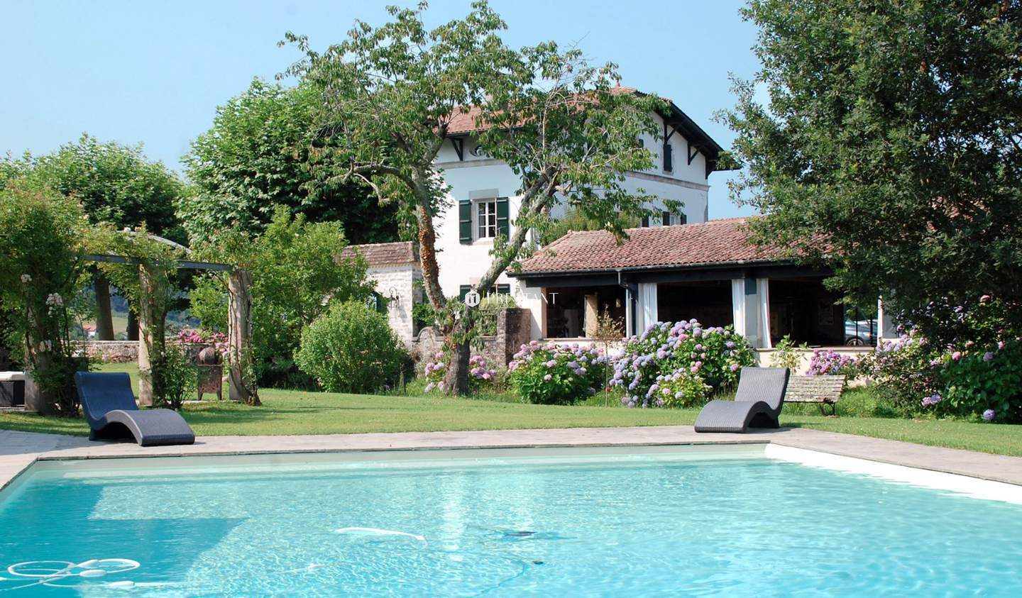 House with pool and terrace Saint-Martin-de-Seignanx