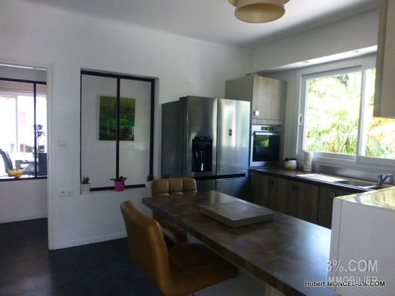 Vente maison 6 pièces 240 m2