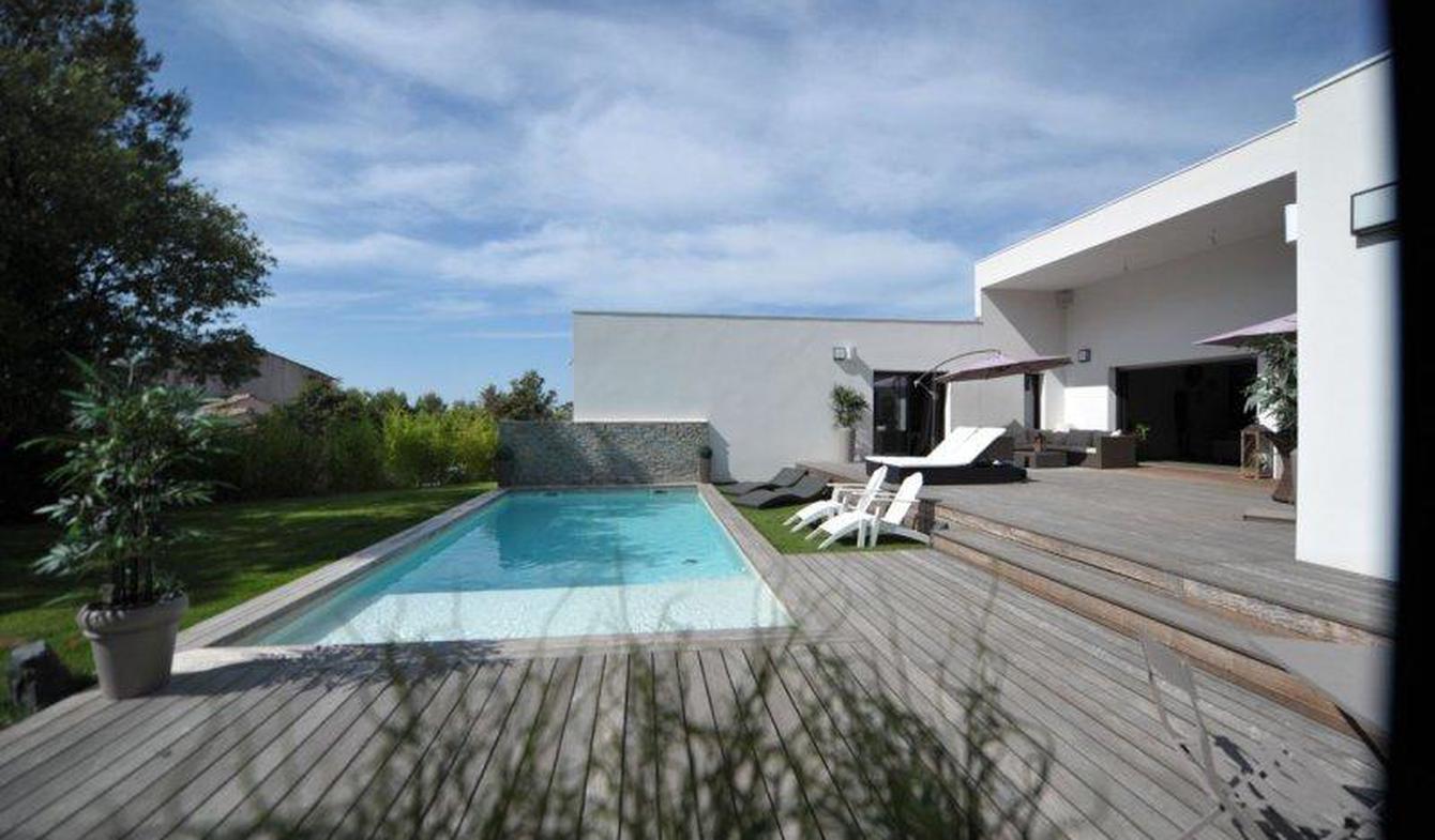 Maison avec piscine et terrasse Saint-Jean-de-Cornies