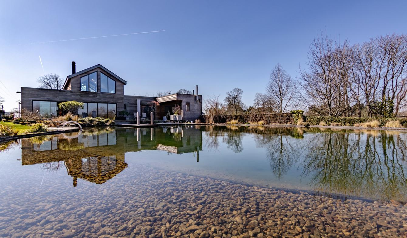 Maison avec piscine et terrasse Cordemais