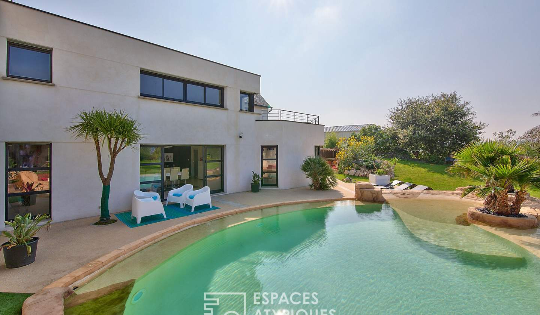 Maison avec piscine et terrasse Hillion